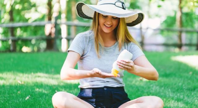 Protezione solare: quale scegliere e come. Ecco i prodotti per proteggere la tua pelle