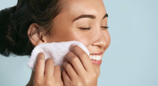 Pulizia del viso: consigli pratici per farla da sé in pochi step
