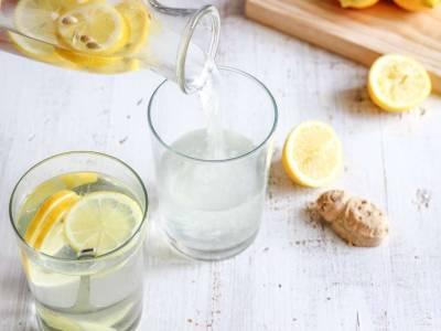 Tutti i benefici delle bevande allo zenzero (e le ricette da provare)