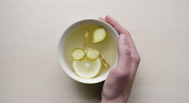Cosa bere in ufficio per combattere freddo e malanni invernali