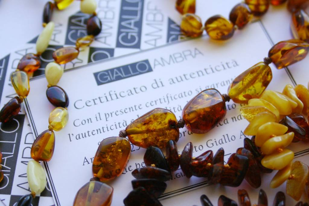 Gioielli ambra certificati