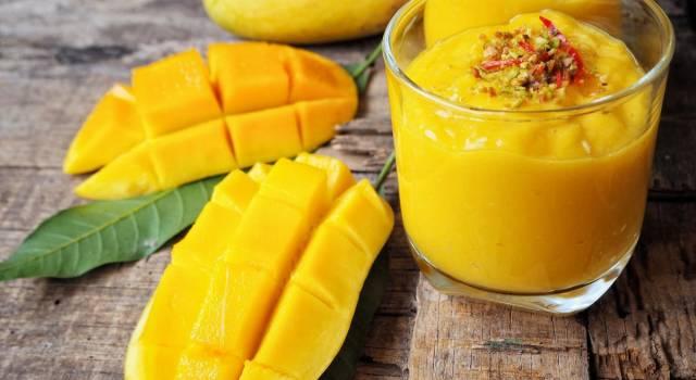 Lassi al mango, una bevanda ayurvedica dai mille benefici