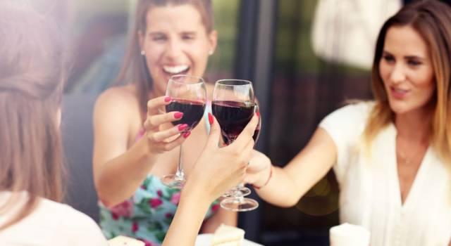Il vino rosso fa bene! Tutti i benefici per il colesterolo