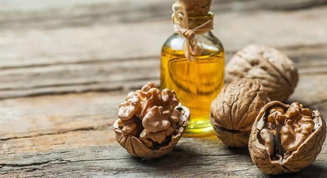 Olio di noci: ricette di bellezza per la pelle e i capelli
