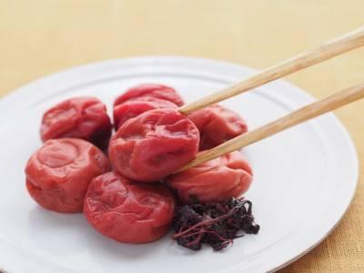 Umeboshi: proprietà e usi delle prugne giapponesi