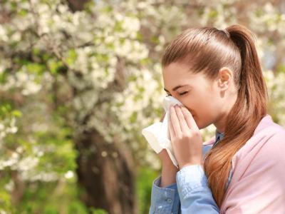 Allergia alle graminacee: i sintomi, le cause e i rimedi più efficaci