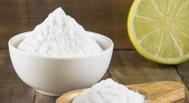 Bicarbonato di sodio: tutti gli usi di bellezza e per la casa