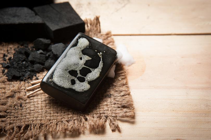 sapone nero