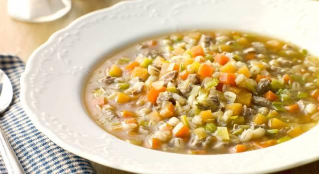 Dieta del minestrone: tutti i vantaggi e gli svantaggi
