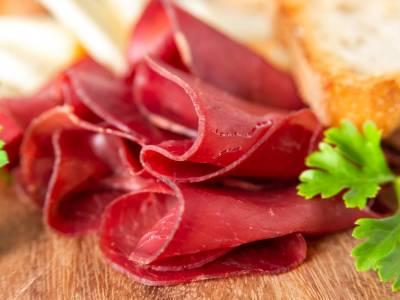 Bresaola: tutto quello che non sapevi su questo gustoso salume