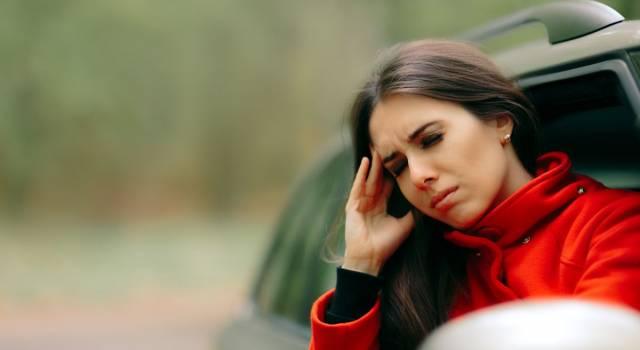 Mal d'auto? I rimedi naturali contro nausea, vomito e mal di testa