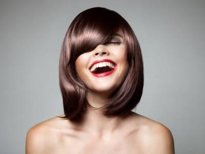 Come far durare la tinta dei capelli più a lungo: 5 consigli da seguire