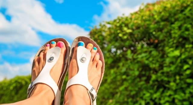 I vantaggi dei sandali bassi: stile e comfort