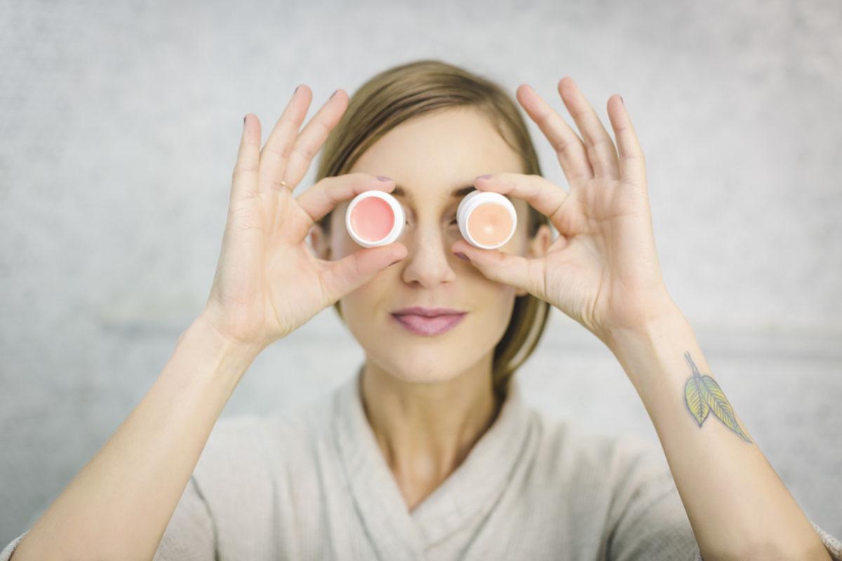 Curare la pelle del viso