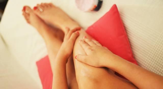 Massaggio anticellulite fai da te: tutte le tecniche per farlo