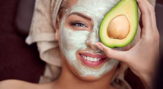 Maschere viso all'avocado: le 3 migliori ricette fai da te