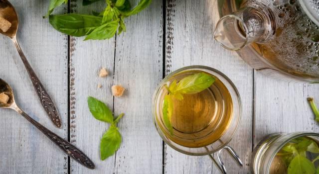 Tè al basilico, una bevanda per liberarsi di ansie e tossine in eccesso