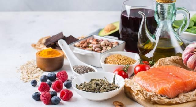 Dieta antinfiammatoria: ecco come regolare i processi dell'organismo