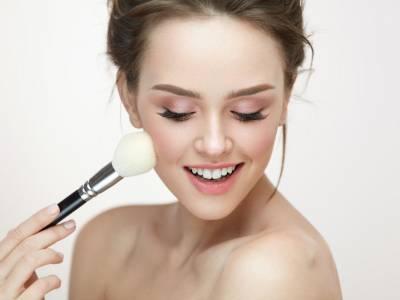 Baking make up: scopri come realizzare il trucco del momento