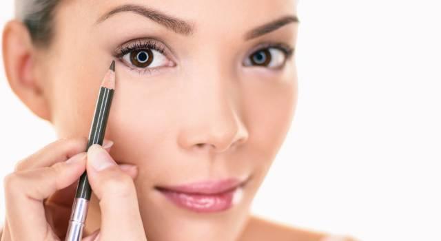 Matita: come applicarla per avere occhi più grandi