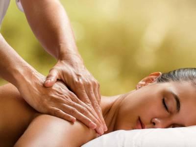Massaggio californiano: cos'è e perché aiuta a raggiungere l'equilibrio