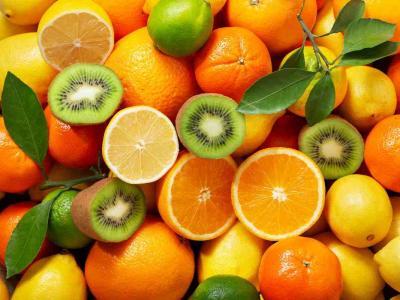 Frutta di stagione di aprile: ecco quale scegliere per mangiare in modo sano