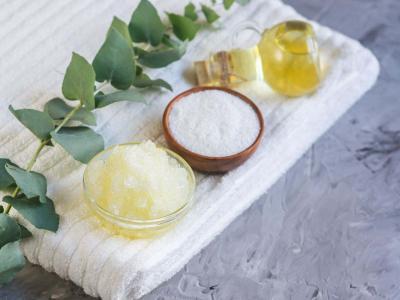 Scrub fai da te: scopri come realizzarlo per rendere la tua pelle più bella