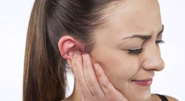Mal d'orecchio: perché viene e come rimediare