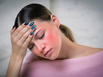 Allergia al sole: cos'è, i sintomi per riconoscerla e come comportarsi