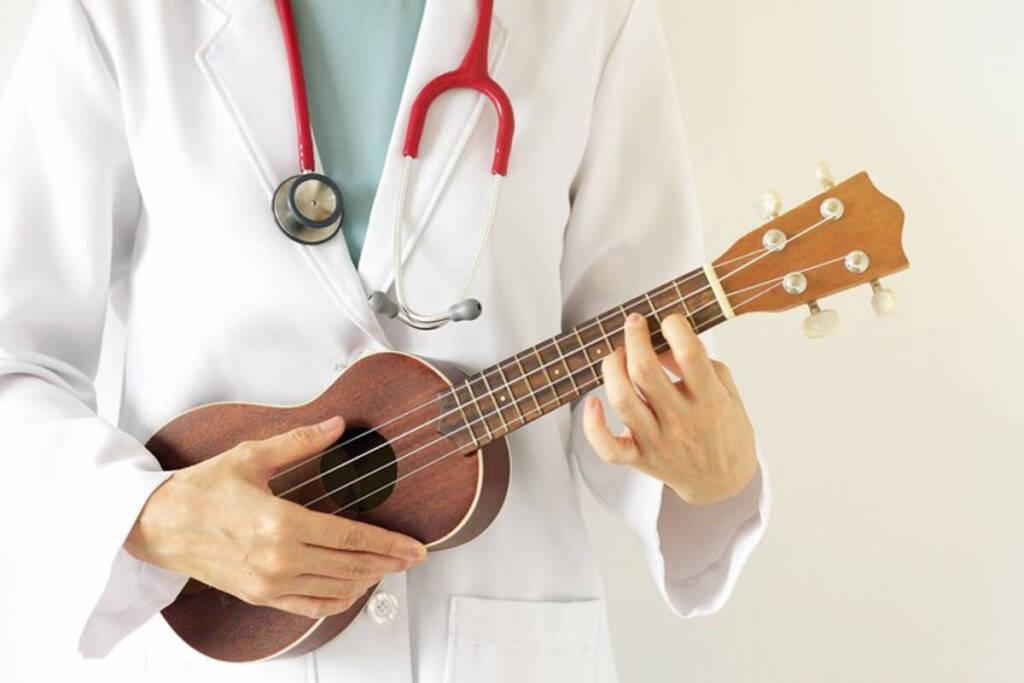 medico che suona